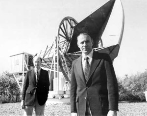 Dr. Robert Wilson and Dr. Arno Penzias in front of the Horn Antenna, 1975.