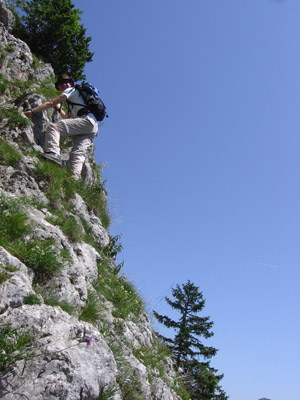 Going back down on the steep south face of the Wasserwand: A good thing that there is a massive steel cable to grab just in case just outside the picture on the left.
