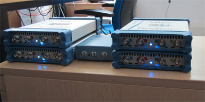 Lights on: Oscilloscope modules that plug into our data acquisition PC - waiting for data!